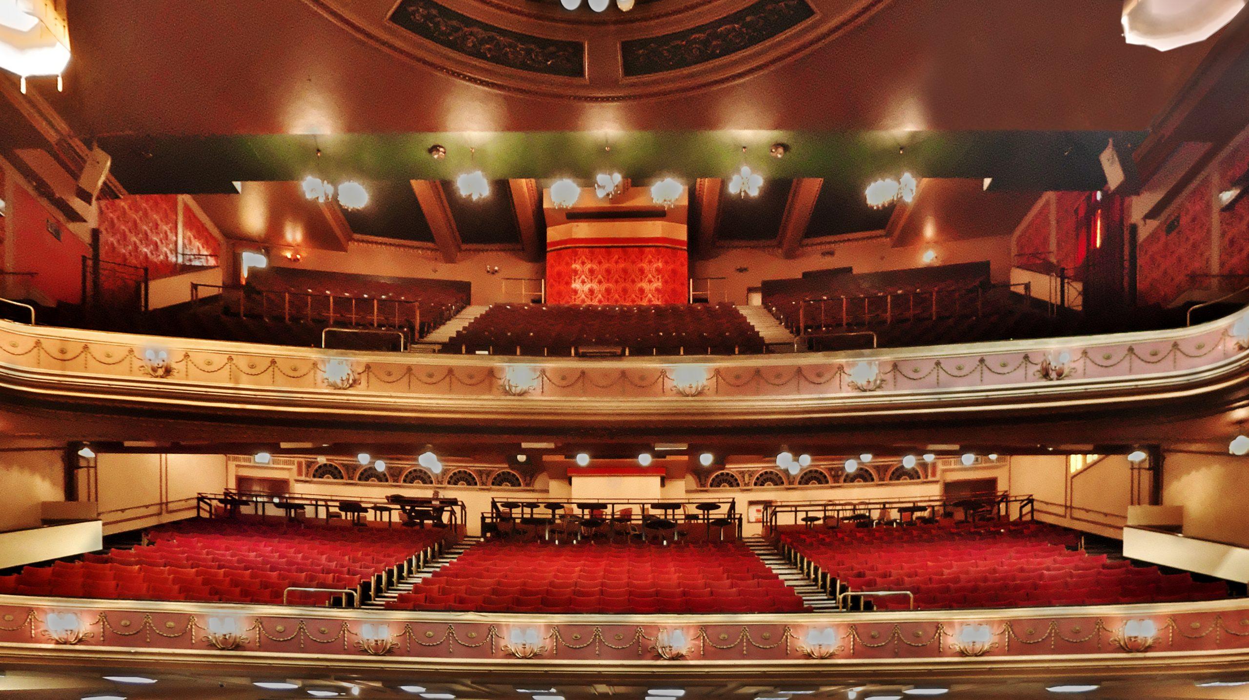 Auditorium – Up
